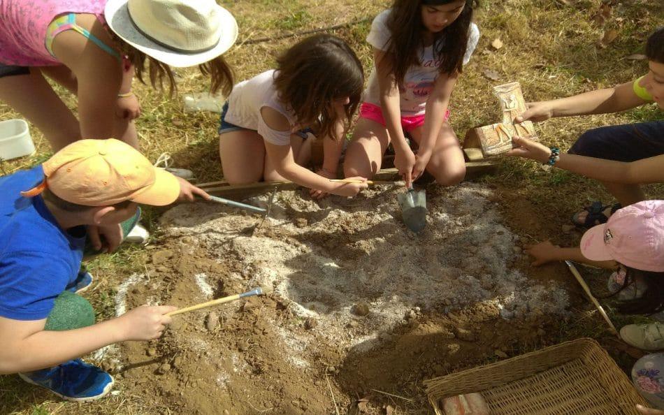 Μικροί αρχαιολόγοι